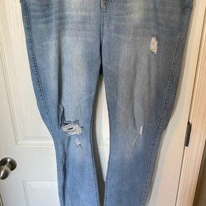 Torrid Bombshell Skinny Jeans - Light Wash